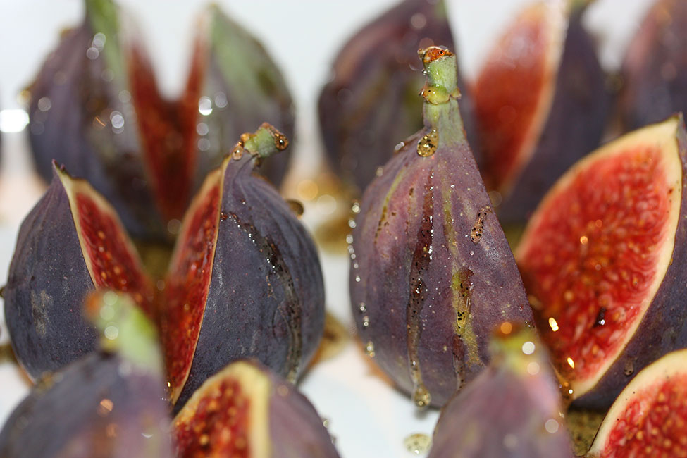 Figs roasted with honey